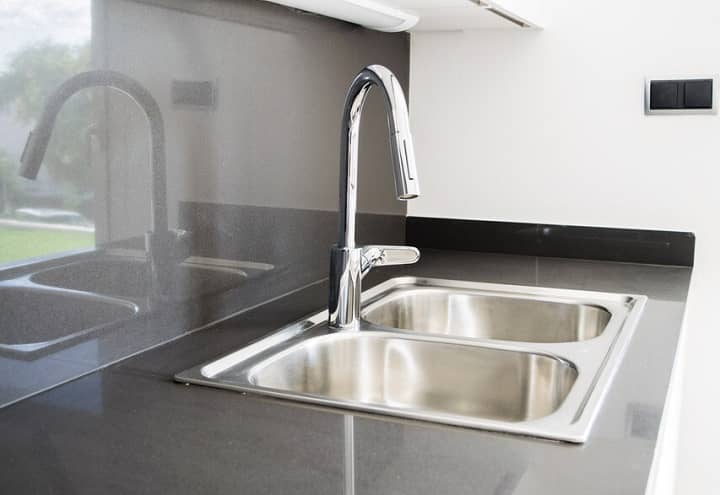 How to Plumb a Double Kitchen Sink